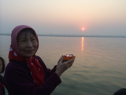 16 (Dorje Palmo Making Offering on Ganges River)