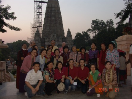 44 (Group at Mahabodi Stupa)