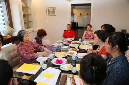 Dorje Palmo Leading Discussion