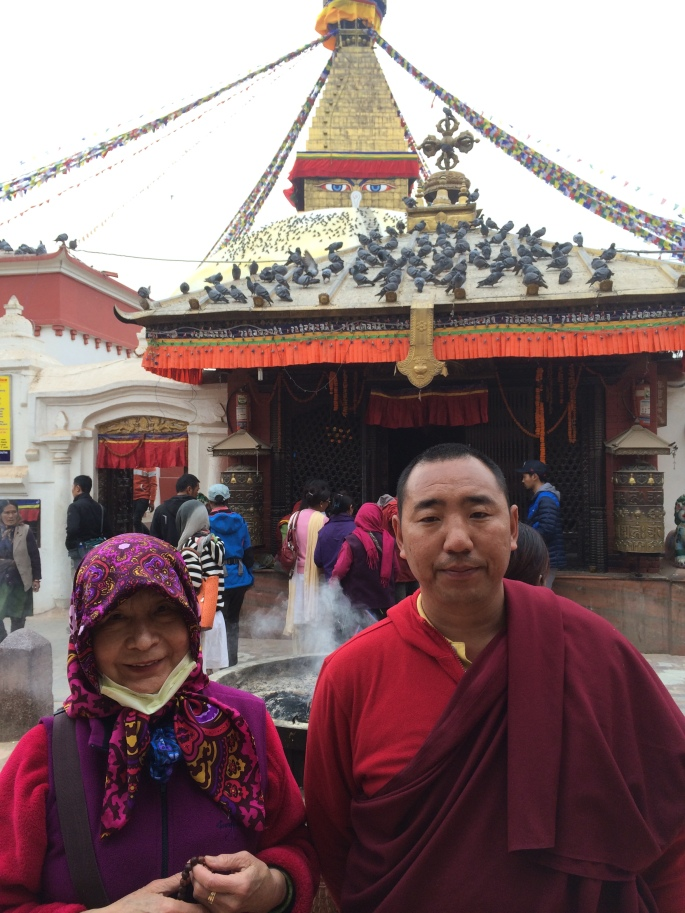 6. Dorje Palmo with Lama Lekshey at Bouddhanath Stupa